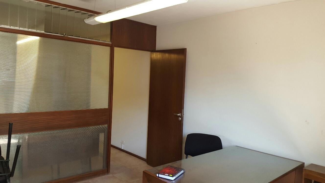 Cordoba 1147 oficina alberto abiad propiedades for Oficinas cajasur cordoba